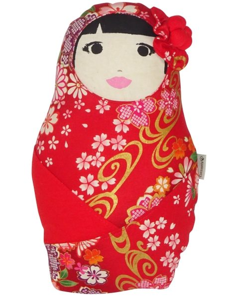Muñeca decorativa realizada en tela japonesa de algodón